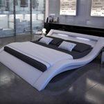SAM LED-Polsterbett 160x200 cm Look, weiß, Bett aus Kunstleder, LED - Beleuchtung im Kopfteil, geschwungene Optik, als…